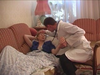 Piping hot adulterate visits his of age patient at residence together with fucks their way