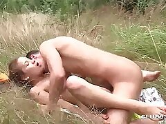 Hot chick is having outdoor sex