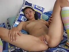 Thai girls fuck raw